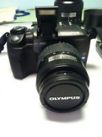 Olympus EVOLT E-300 8.0 MP Digital SLR Camera