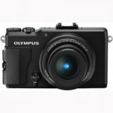 Olympus Stylus XZ-2 12MP 4XZoom F/1.8 Full HD Video camera