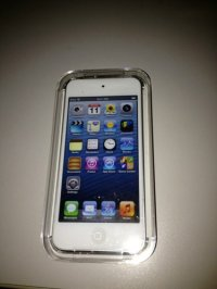 Apple iPod touch 5th Generation White (64 GB) (MD721LL/A)