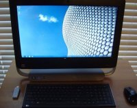 "21.5""HP TouchSmart Elite 7320 All in One PC i3 3.3GHz 2GB 250GB"