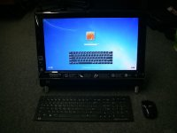 20'' HP TouchSmart 300-1020 All-in-One Desktop PC